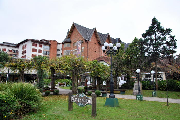 Plaza Major Nicoletti in Gramado